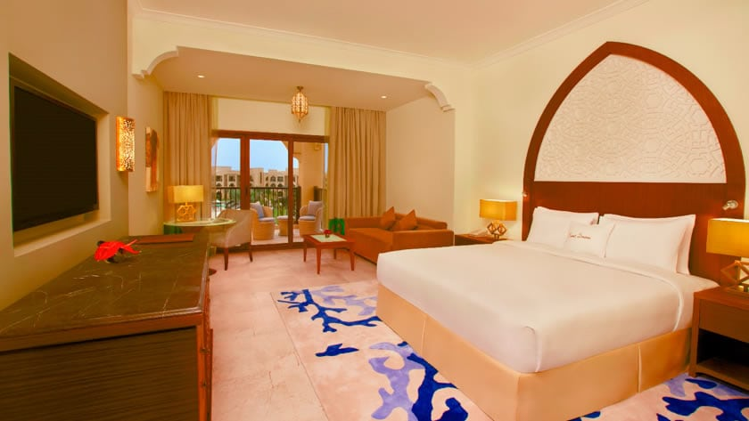 Doubletree by Hilton Resort & Spa Marjan Island, Deluxe Room